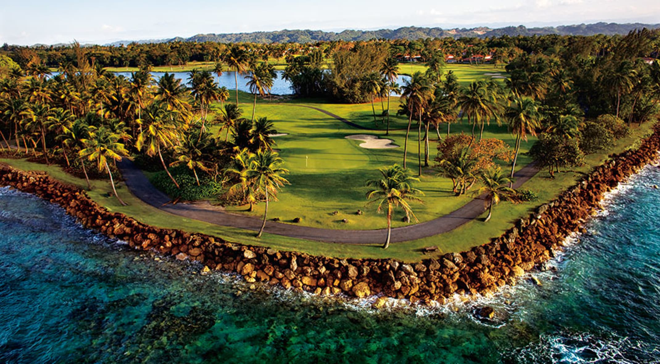 Top Five Caribbean Golf Courses For a Winter Getaway | golf software